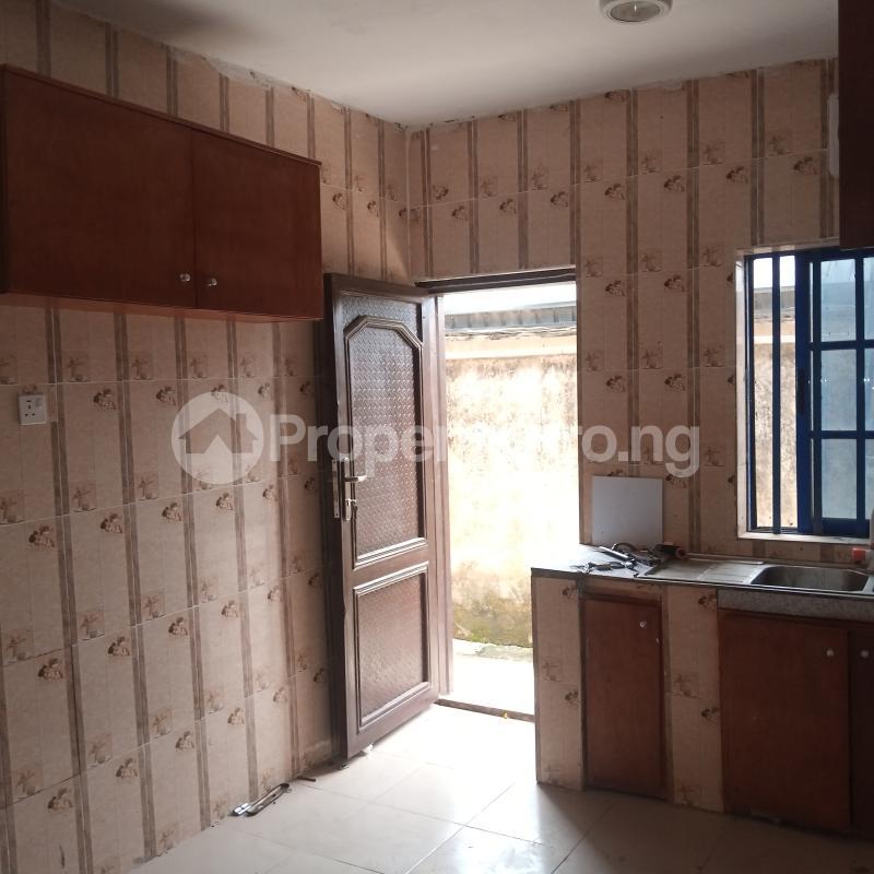 4 bedroom Flat / Apartment for rent Makogi magboro Magboro Obafemi Owode Ogun - 6