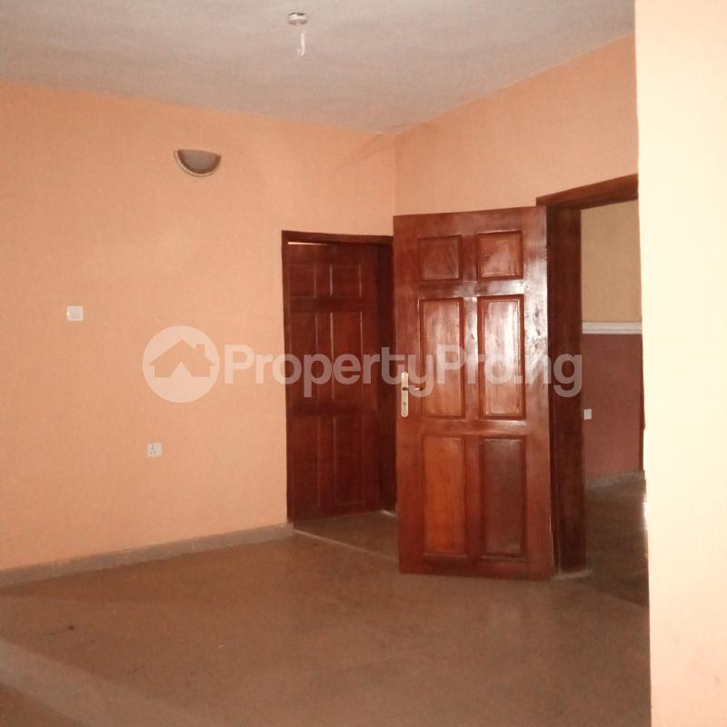 4 bedroom Flat / Apartment for rent Makogi magboro Magboro Obafemi Owode Ogun - 15