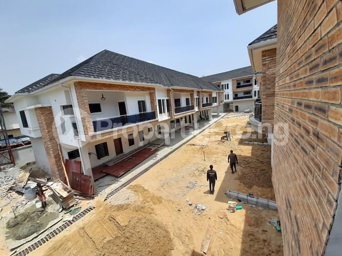 4 bedroom Terraced Bungalow House for sale lafiaji lekki Lekki Lagos - 0