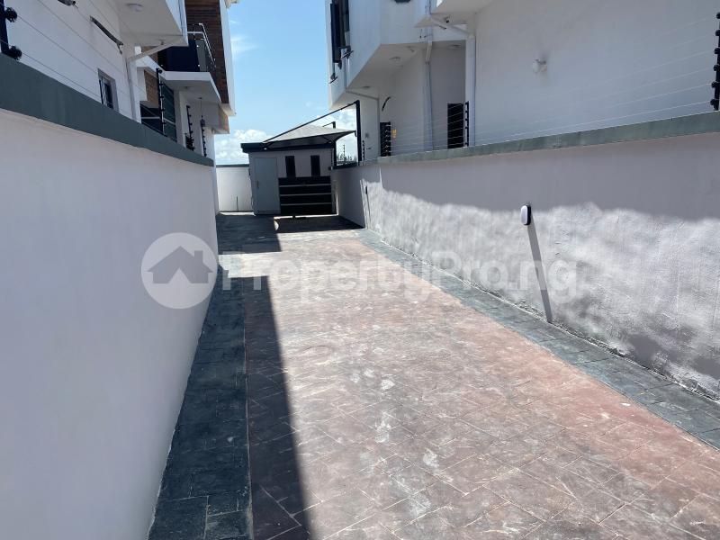 5 bedroom Detached Duplex for sale Chevron Lekki chevron Lekki Lagos - 21