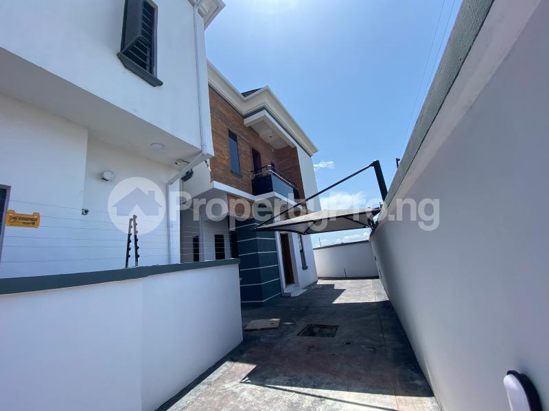 5 bedroom Detached Duplex for sale Chevron Lekki chevron Lekki Lagos - 9