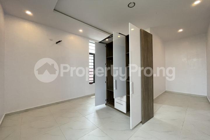 4 bedroom Semi Detached Duplex for sale Lekki Phase 1 Lekki Lagos - 28