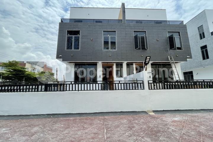 4 bedroom Semi Detached Duplex for sale Lekki Phase 1 Lekki Lagos - 32