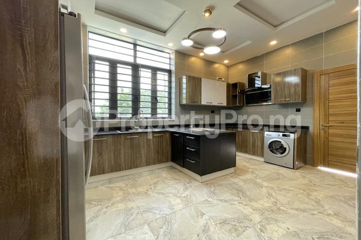4 bedroom Semi Detached Duplex for sale Lekki Phase 1 Lekki Lagos - 7