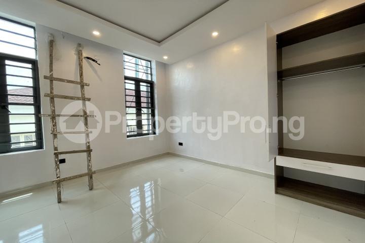 4 bedroom Semi Detached Duplex for sale Lekki Phase 1 Lekki Lagos - 22