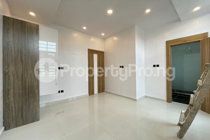4 bedroom Semi Detached Duplex for sale Lekki Phase 1 Lekki Lagos - 19