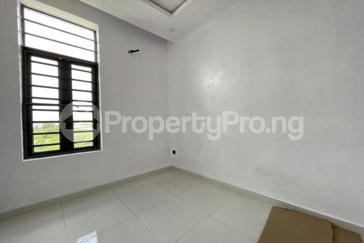 4 bedroom Semi Detached Duplex for sale Lekki Phase 1 Lekki Lagos - 17