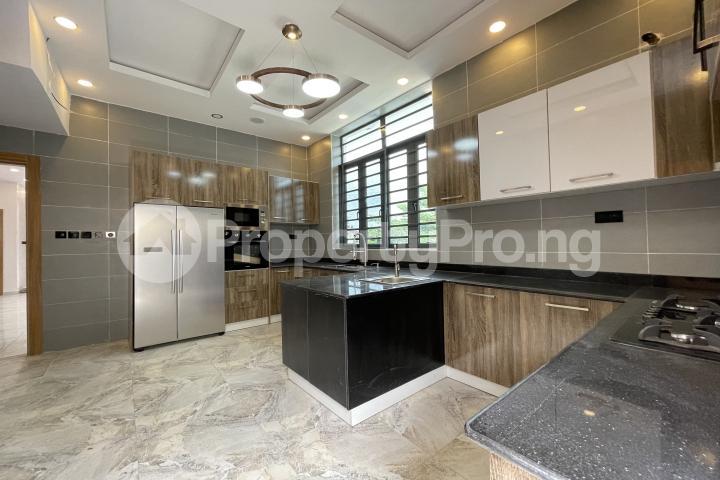 4 bedroom Semi Detached Duplex for sale Lekki Phase 1 Lekki Lagos - 8