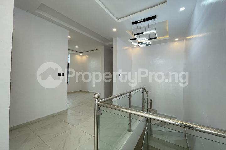 4 bedroom Semi Detached Duplex for sale Lekki Phase 1 Lekki Lagos - 23