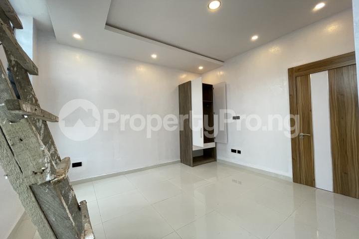 4 bedroom Semi Detached Duplex for sale Lekki Phase 1 Lekki Lagos - 18