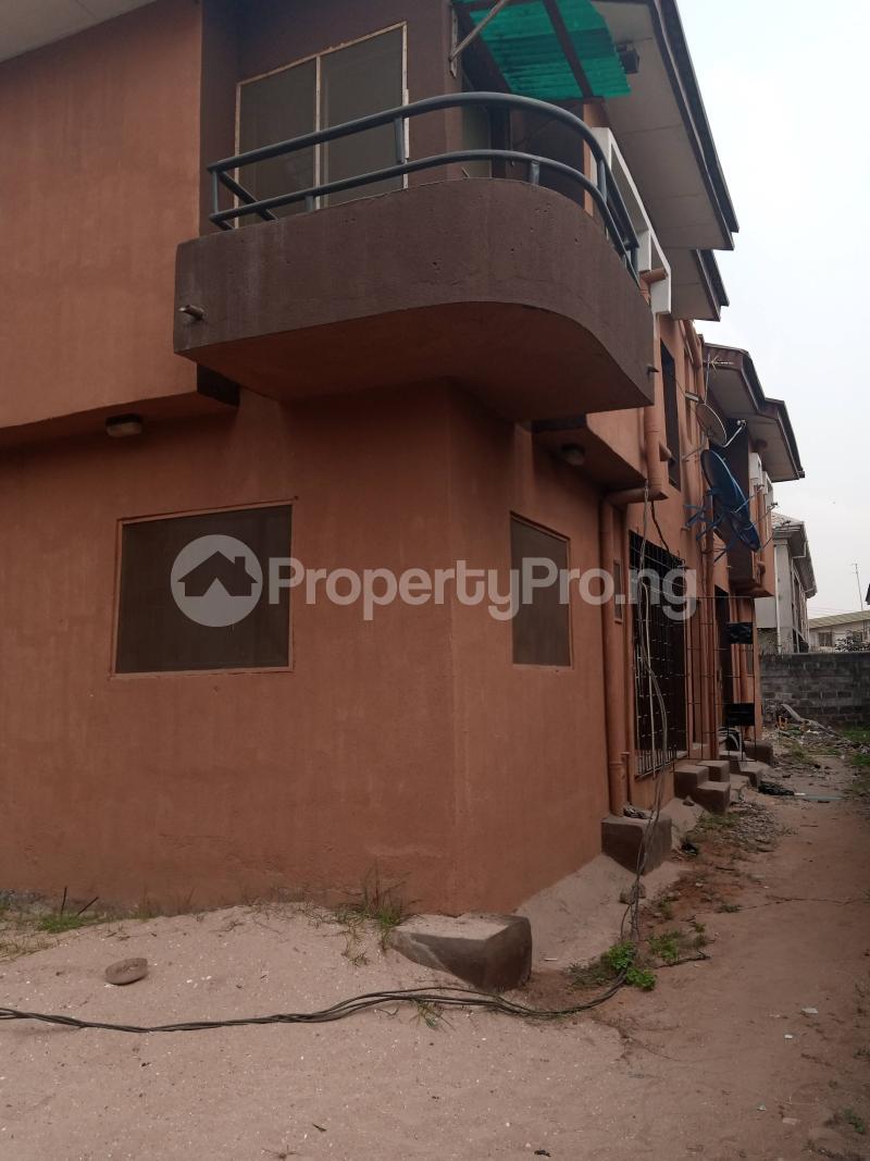 3 bedroom Blocks of Flats House for sale Deleorishabe street Ago palace Okota Lagos - 0