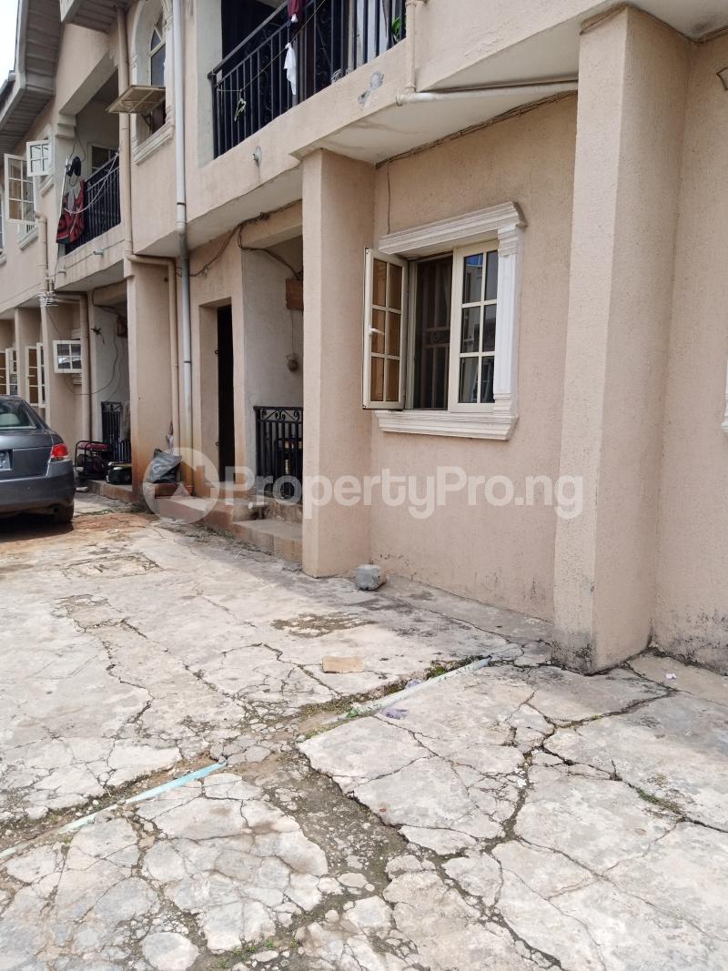 3 bedroom Blocks of Flats House for sale Latefadboyega Okota Lagos - 3