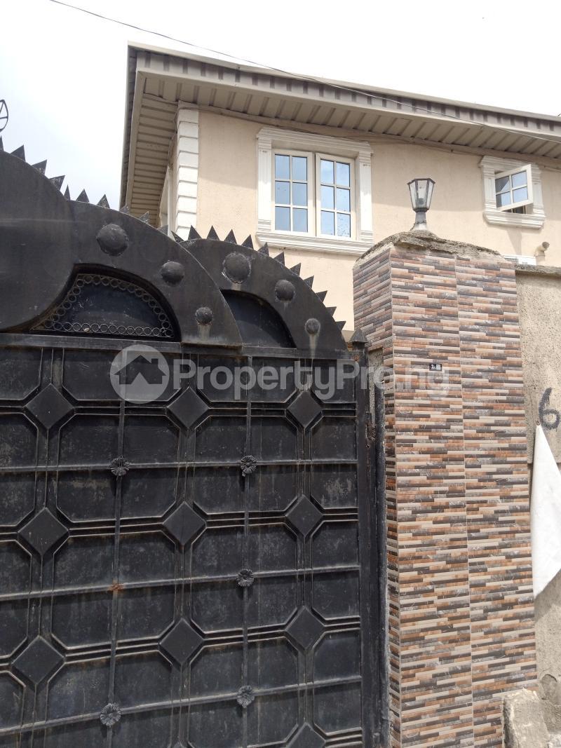 3 bedroom Blocks of Flats House for sale Latefadboyega Okota Lagos - 1