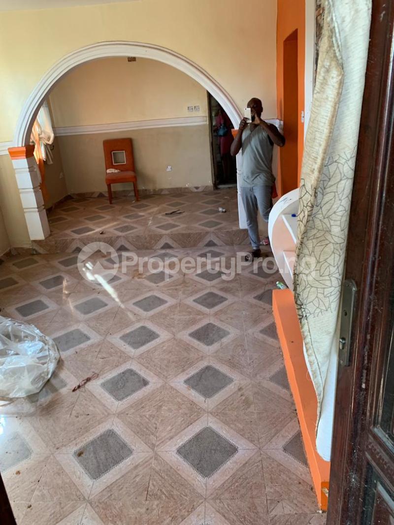 2 bedroom Terraced Bungalow for sale Olufodo Compound, Ltori. Papalanto Ewekoro Ogun - 3