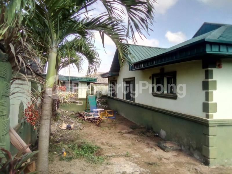 3 bedroom Terraced Bungalow House for sale Unique estate Ipaja Ipaja Lagos - 4