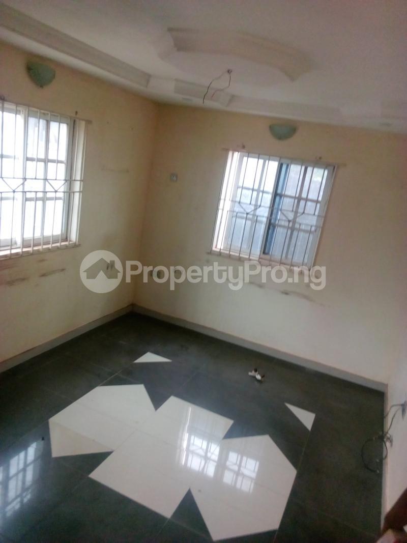 3 bedroom Shared Apartment for rent Peace Estate,baruwa. Baruwa Ipaja Lagos - 2