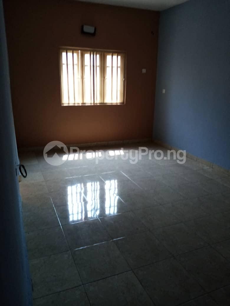 3 bedroom Shared Apartment Flat / Apartment for rent Peace Estate, Baruwa,lpaja. Baruwa Ipaja Lagos - 3