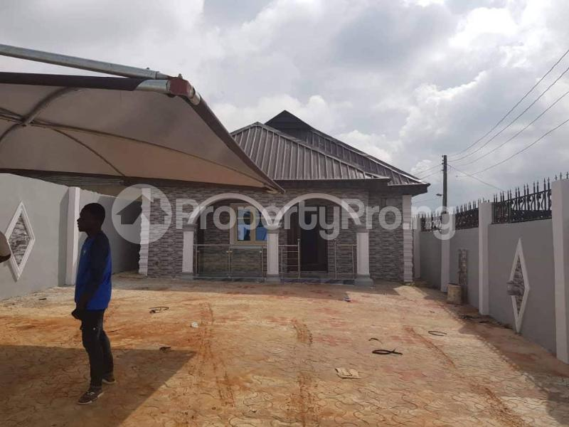 3 bedroom Terraced Bungalow House for sale Ayetoro after Ayobo. Sango Ota Ado Odo/Ota Ogun - 9