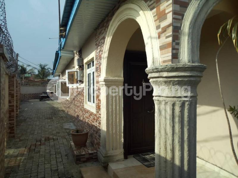 4 bedroom Terraced Bungalow House for sale Igando oloja Igando Ikotun/Igando Lagos - 5