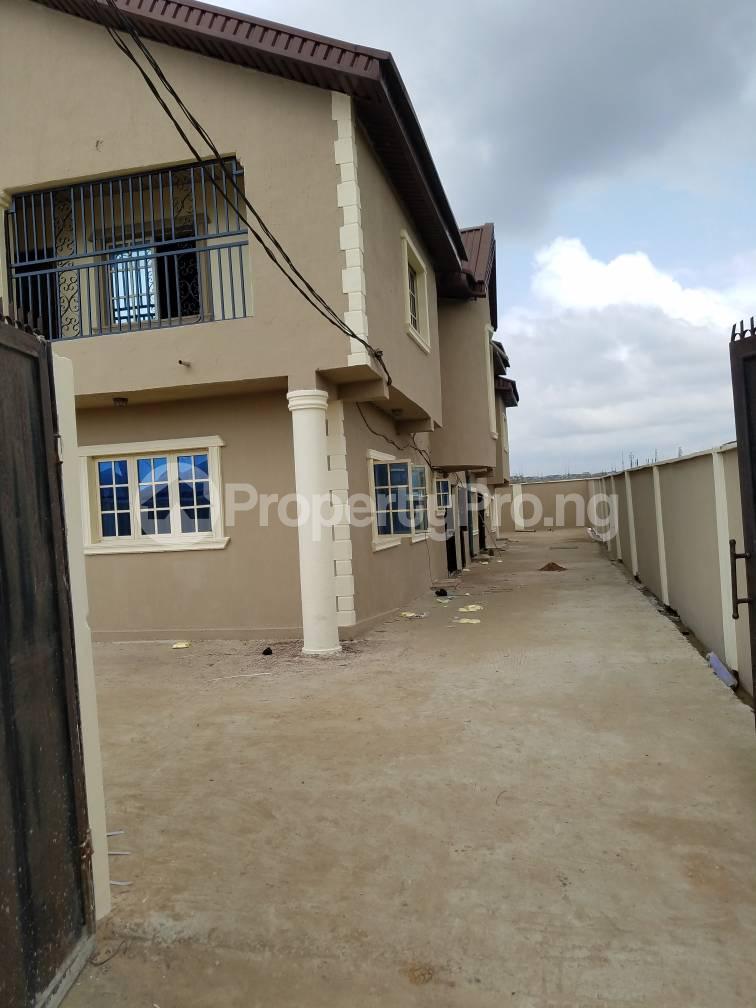 3 bedroom House for sale Gra Oworonshoki Gbagada Lagos - 4