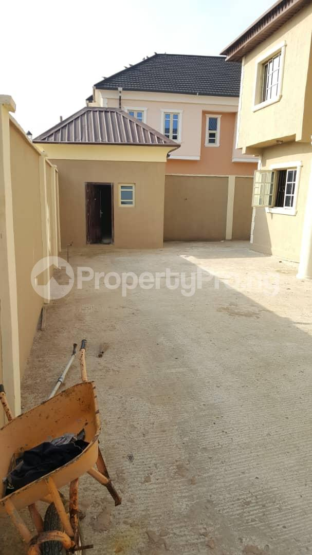 3 bedroom House for sale Gra Oworonshoki Gbagada Lagos - 1