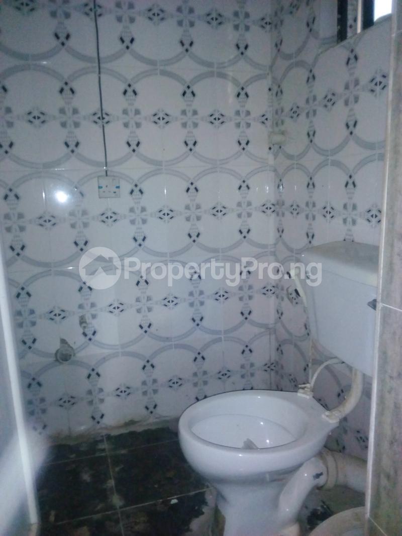 1 bedroom Flat / Apartment for rent Fashola Streets By Gowon Estate,okunola Road. Egbeda Alimosho Lagos - 4