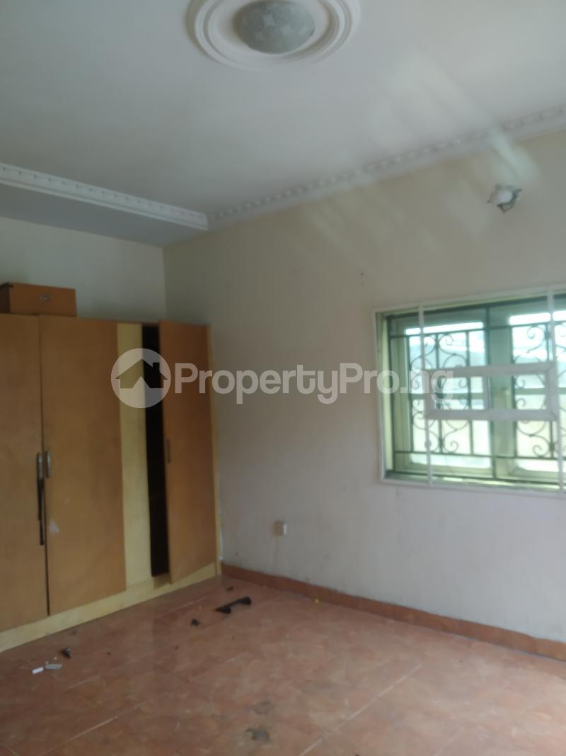3 bedroom Flat / Apartment for rent shaki crescent Adelabu Surulere Lagos - 3