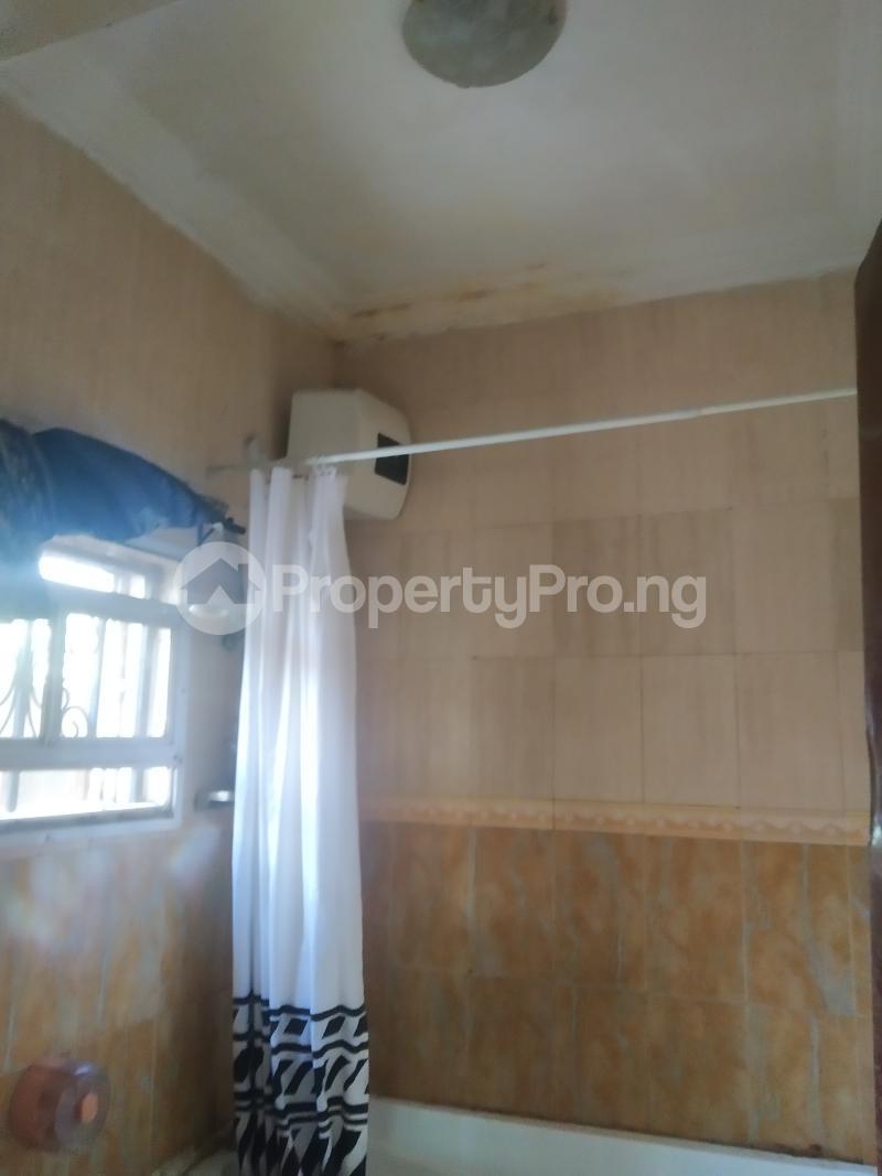 3 bedroom Flat / Apartment for rent shaki crescent Adelabu Surulere Lagos - 4