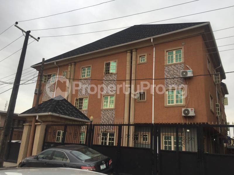 2 bedroom Flat / Apartment for rent Ayinke  Akoka Yaba Lagos - 7