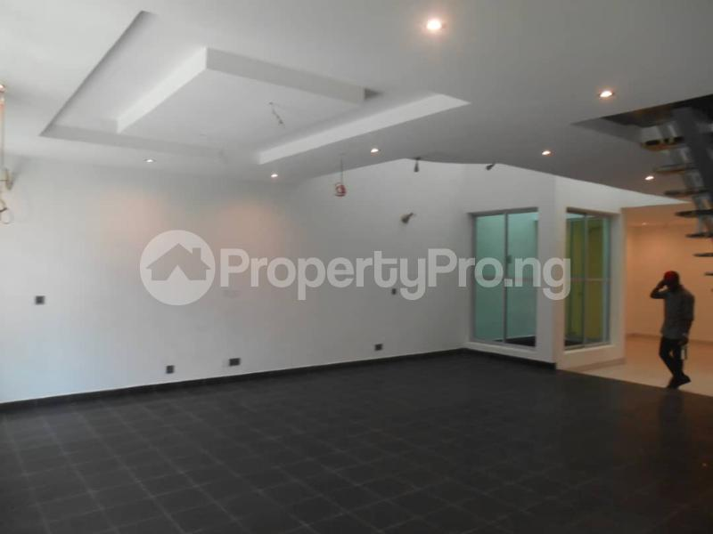 6 bedroom Terraced Duplex for sale Ikate Lekki Lagos - 9