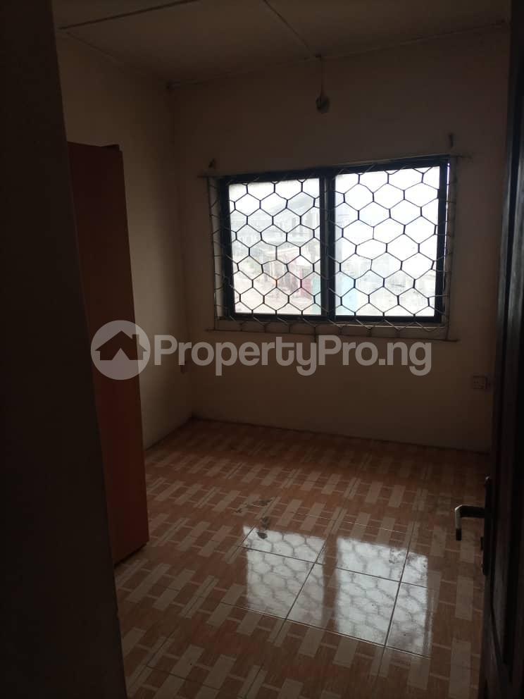2 bedroom Flat / Apartment for rent Alapere Ketu Lagos - 3