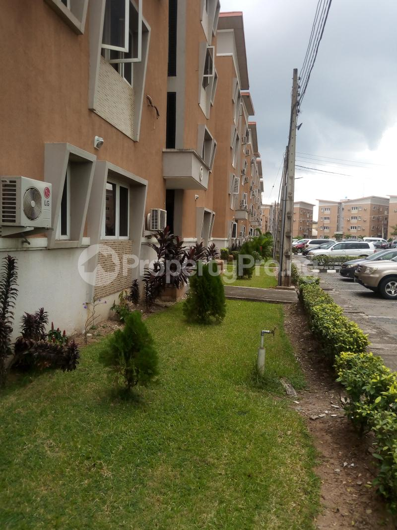 3 bedroom Flat / Apartment for sale Anthony Enahoro Estate Wempco road Ogba Lagos - 3