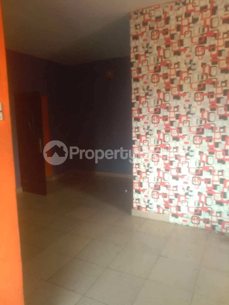 1 bedroom mini flat  Mini flat Flat / Apartment for rent Odezie ojodu off grammar school. Berger Ojodu Lagos - 5