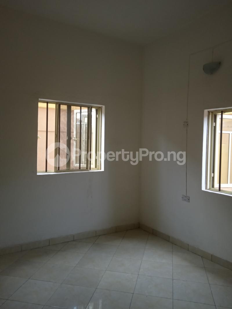 2 bedroom Flat / Apartment for rent Cole Street Lawanson Surulere Lagos - 7