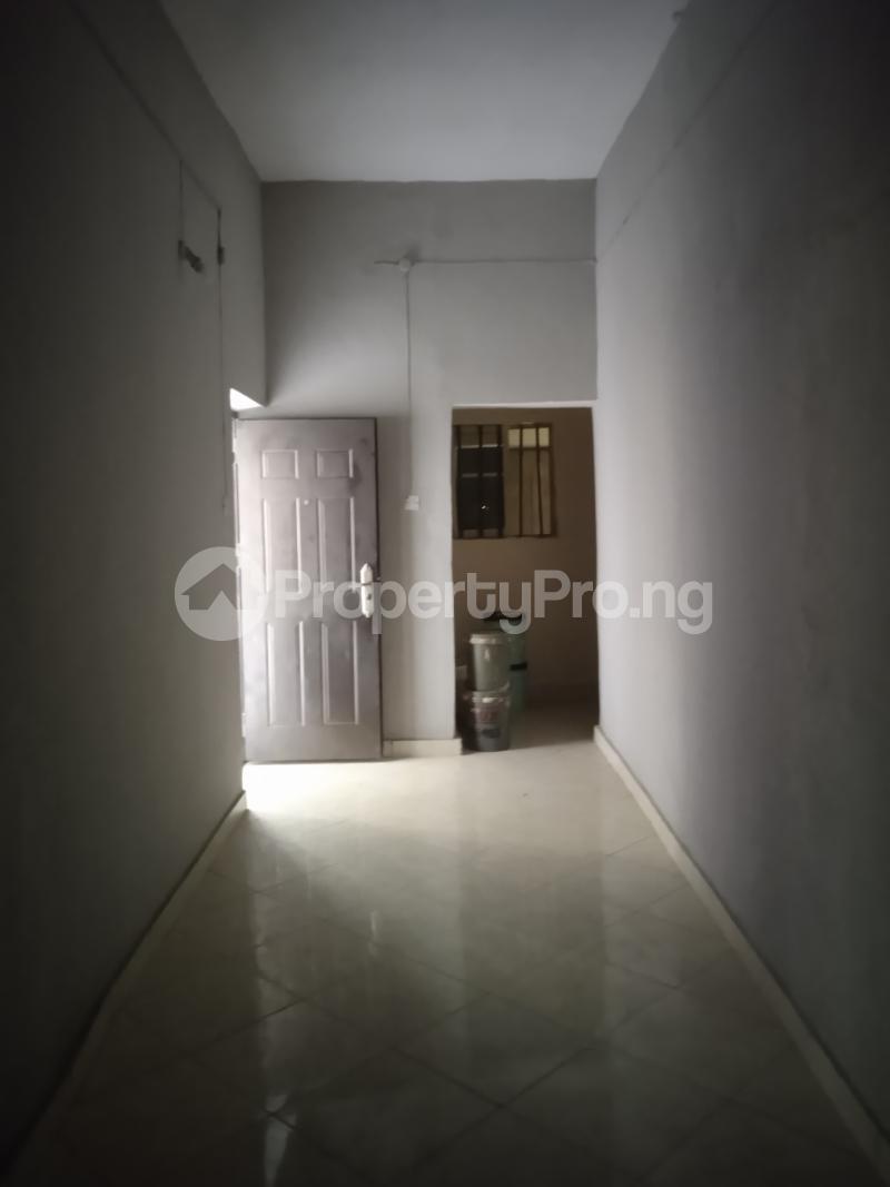 2 bedroom Flat / Apartment for rent Cole Street Lawanson Surulere Lagos - 3