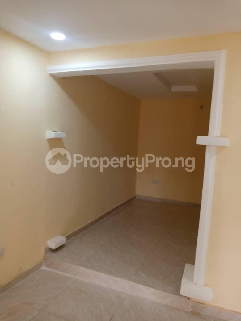2 bedroom Blocks of Flats House for rent Morgan ph1 estate ojodu off grammar school. Morgan estate Ojodu Lagos - 3