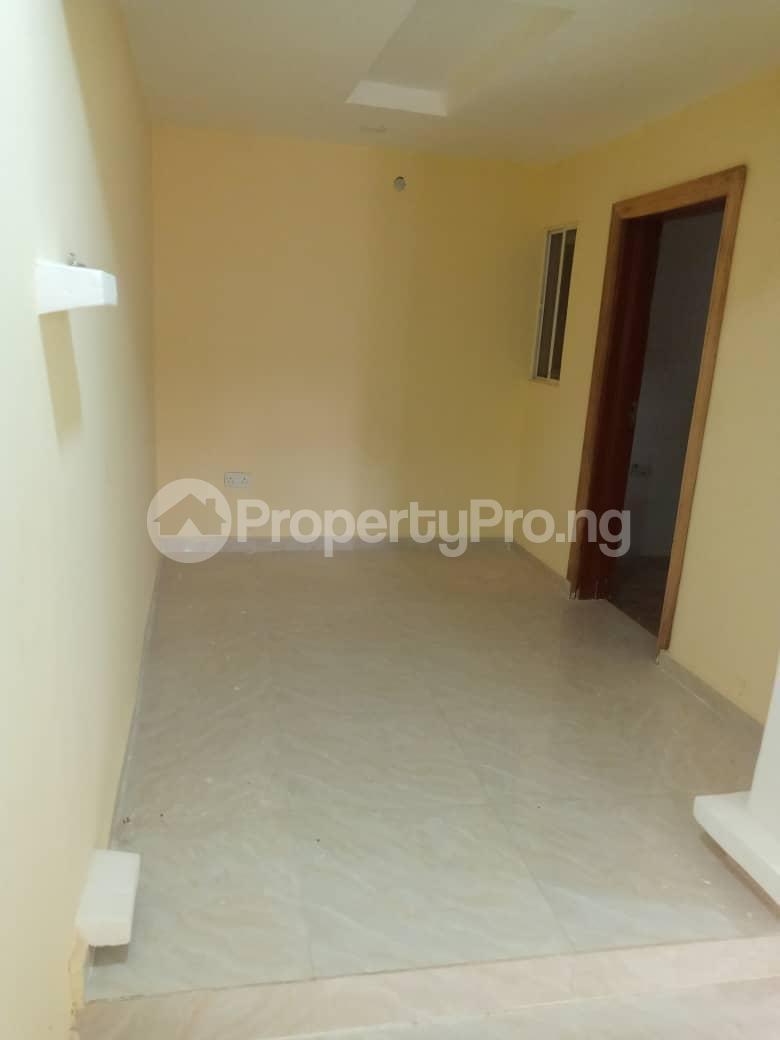 2 bedroom Blocks of Flats House for rent Morgan ph1 estate ojodu off grammar school. Morgan estate Ojodu Lagos - 16