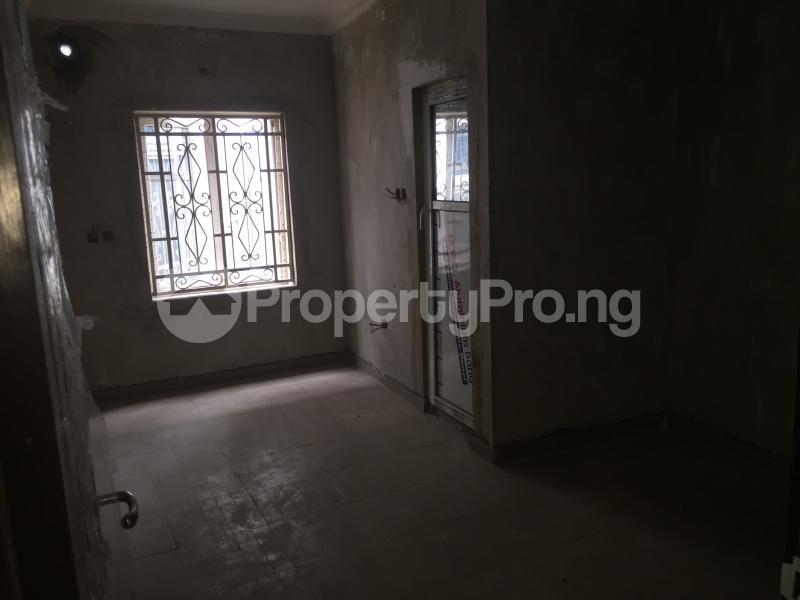3 bedroom Flat / Apartment for rent Alaka  Abule-Ijesha Yaba Lagos - 6