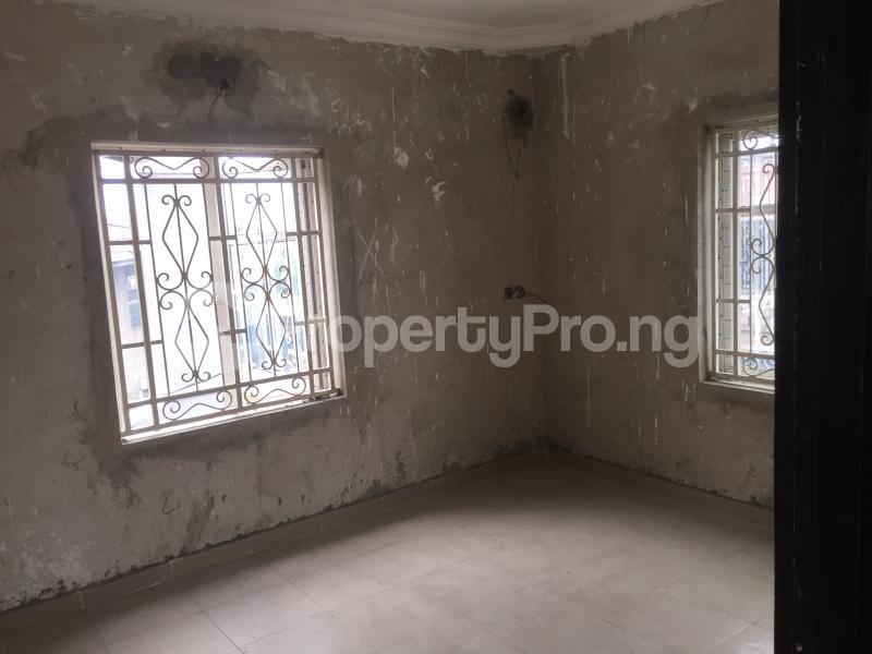3 bedroom Flat / Apartment for rent Alaka  Abule-Ijesha Yaba Lagos - 5