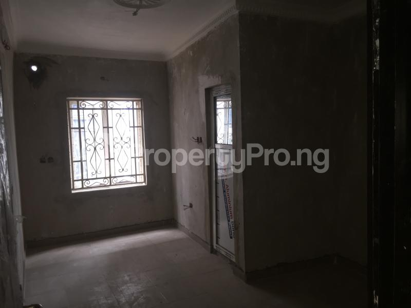3 bedroom Flat / Apartment for rent Folagoro Road  Abule-Ijesha Yaba Lagos - 6