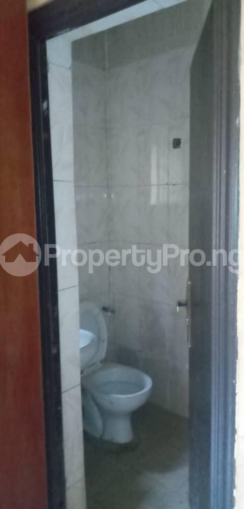 2 bedroom Blocks of Flats House for rent Aina  Morgan estate Ojodu Lagos - 6