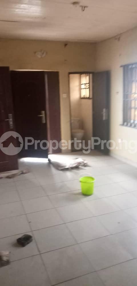 2 bedroom Blocks of Flats House for rent Aina  Morgan estate Ojodu Lagos - 7