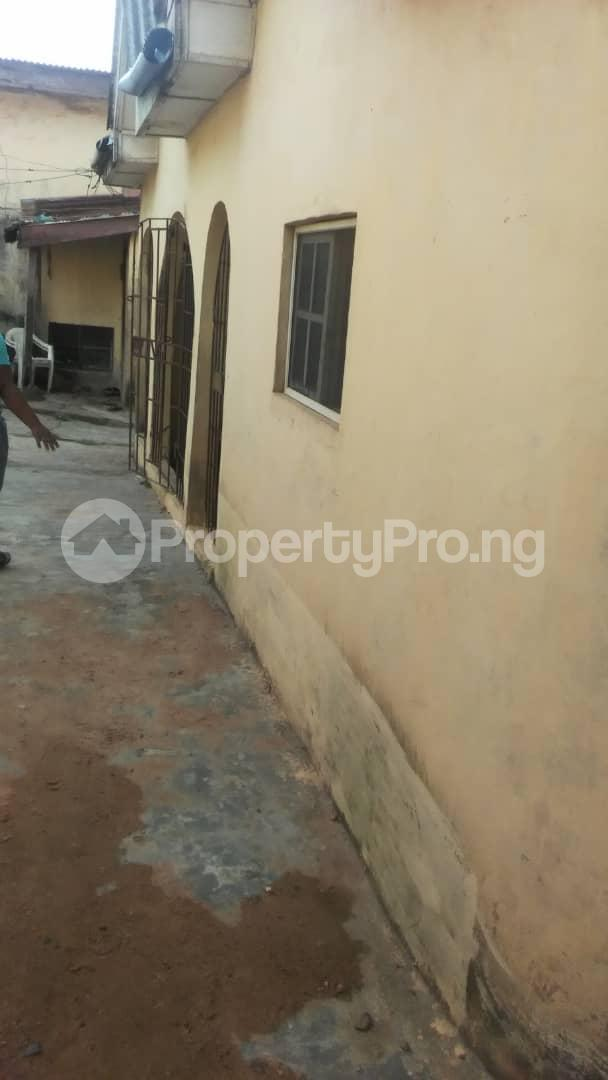 Blocks of Flats House for sale  inside estate toyin by bus stop Iju-Ishaga Agege Lagos - 3
