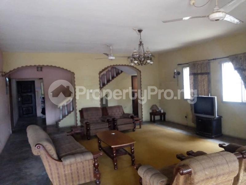 6 bedroom Commercial Property for rent --- Magodo GRA Phase 2 Kosofe/Ikosi Lagos - 1