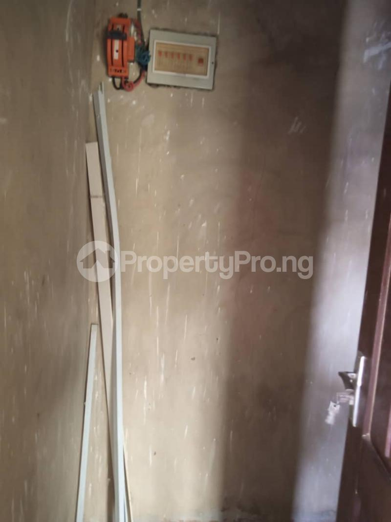 1 bedroom mini flat  Mini flat Flat / Apartment for rent Akiode ojodu off ogunnusi road. Berger Ojodu Lagos - 4