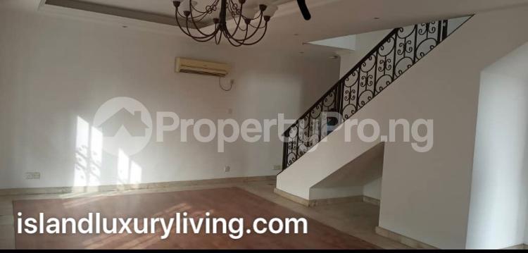 2 bedroom Boys Quarters Flat / Apartment for rent Off Kingsway  Old Ikoyi Ikoyi Lagos - 8