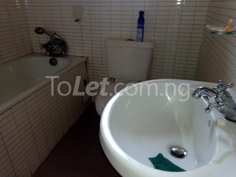 3 bedroom Flat / Apartment for rent Mobolaji Johnson Estate Lekki Phase 1 Lekki Lagos - 19