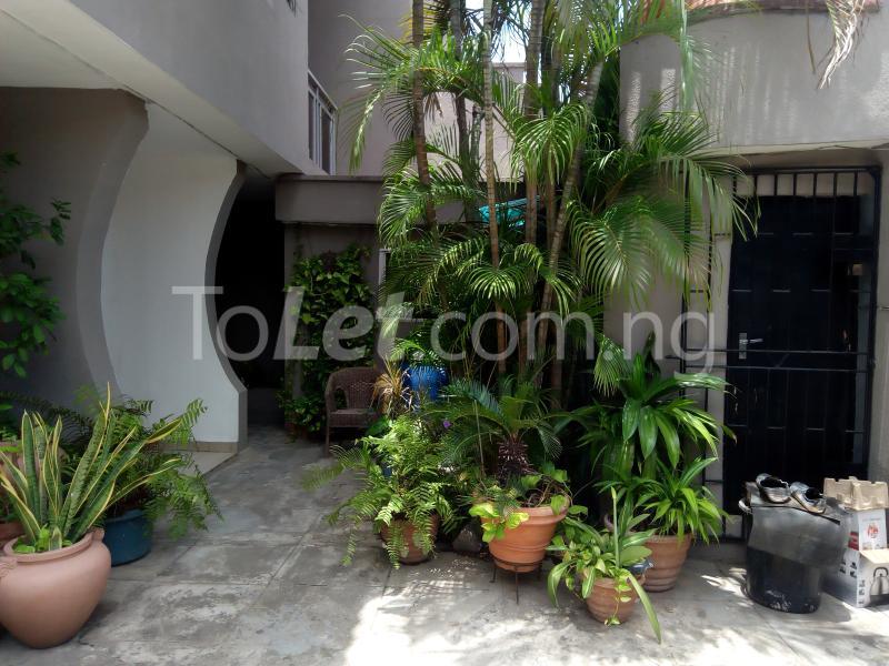 3 bedroom Flat / Apartment for rent Mobolaji Johnson Estate Lekki Phase 1 Lekki Lagos - 25
