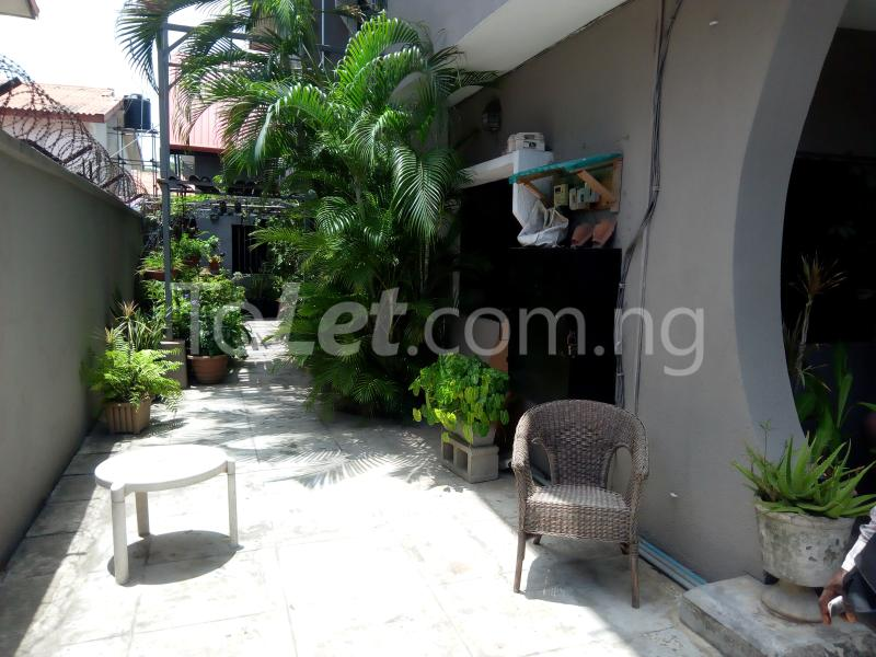 3 bedroom Flat / Apartment for rent Mobolaji Johnson Estate Lekki Phase 1 Lekki Lagos - 24