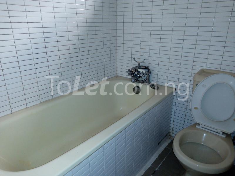 3 bedroom Flat / Apartment for rent Mobolaji Johnson Estate Lekki Phase 1 Lekki Lagos - 16